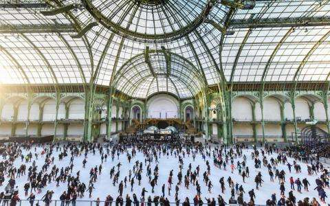 Have fun at the Grand Palais Ice Rink