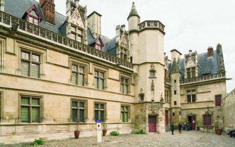 The Cluny Museum and thermal baths