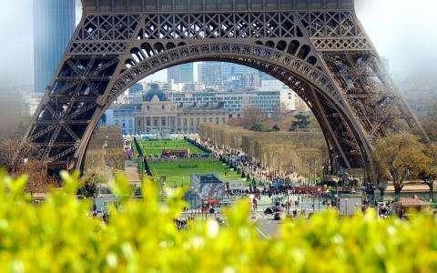 Picnics in the loveliest parks of Paris