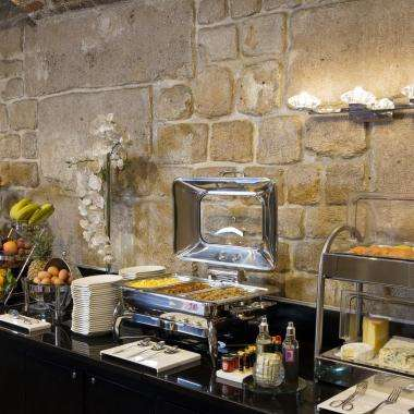 Grand Hôtel Saint Michel - breakfast