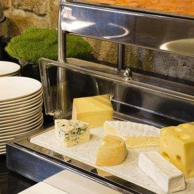 Grand Hôtel Saint Michel - breakfast room